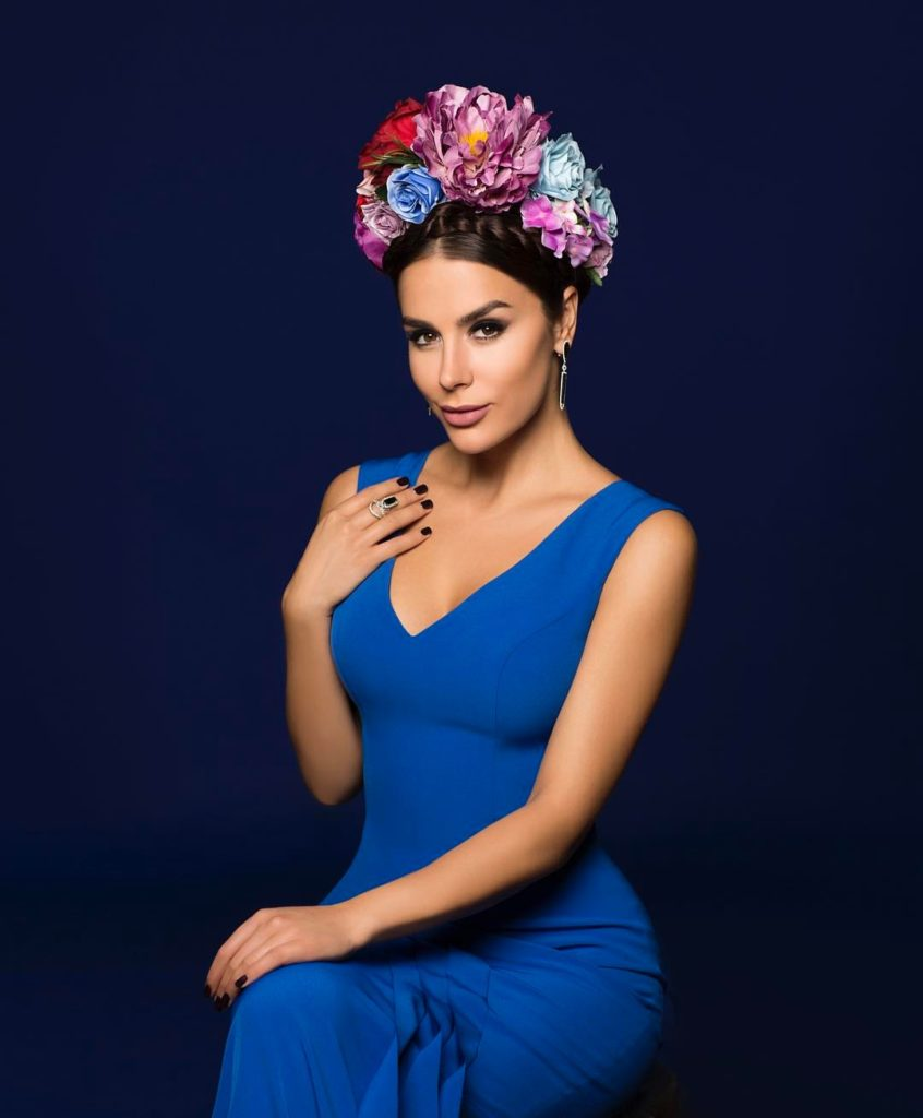 Девушка с обложки — Иванна Онуфрийчук
