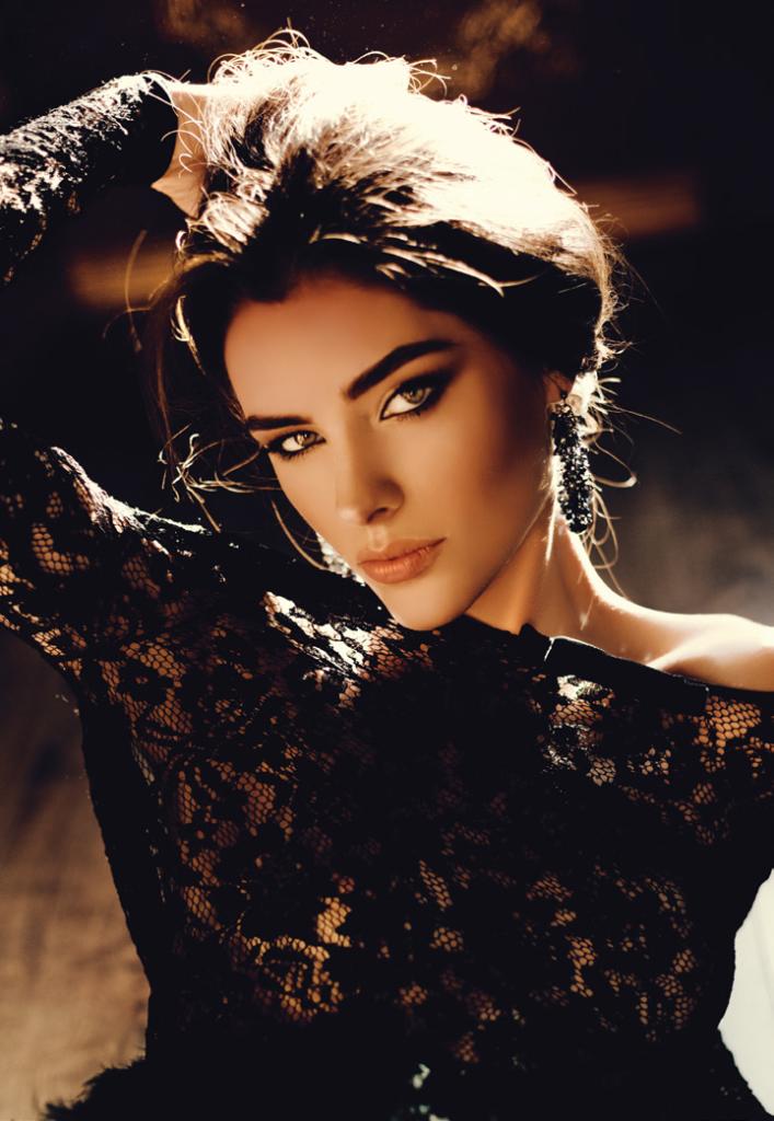 Ангелина Усанова — Девушка номера