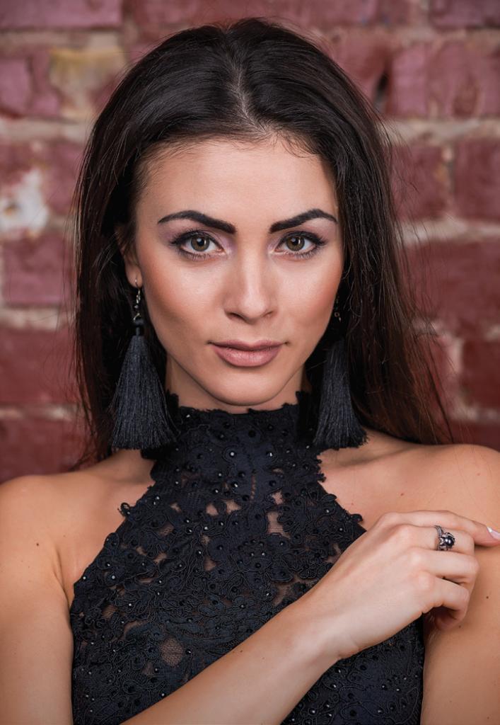 Мария Шемотюк — Девушка номера